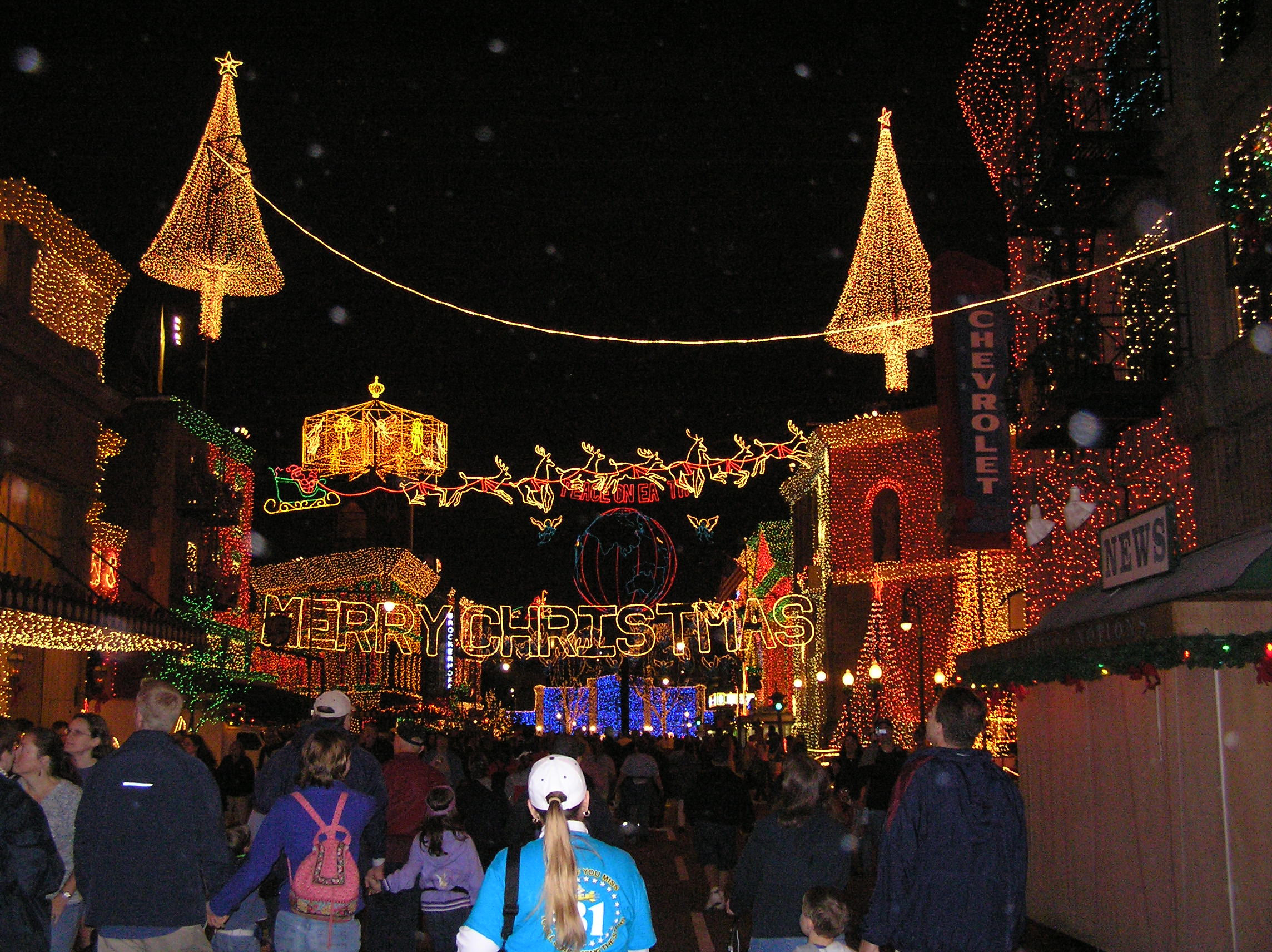 Another shot from The Osborne Family Spectacle of Lights at Disney's MGM Studios.