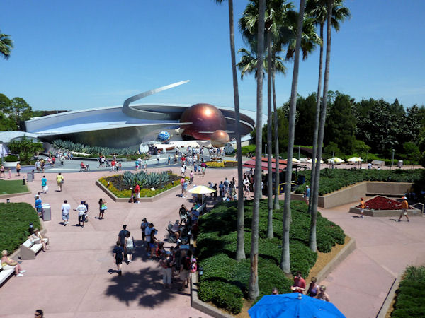 Nice view from the Monorail on the way into EPCOT.