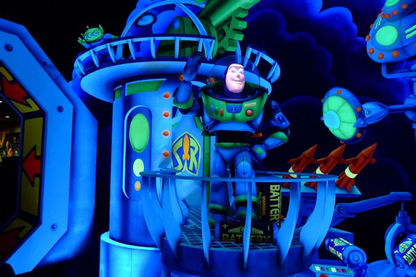 The final scene in Buzz Lightyear's Space Ranger Spin.